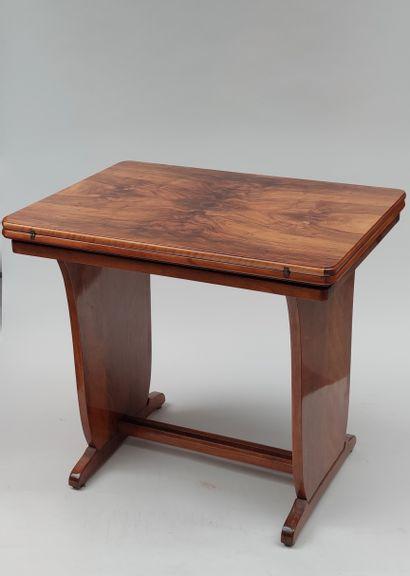 TABLE à jeux en bois de placage à plateau...