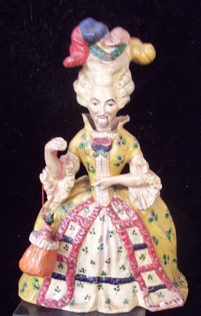 Petite poupée décorative de fabrication...