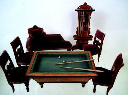 Salle de billard miniature en bois comprenant...