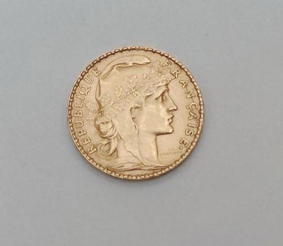 PIECE de 20 Francs République1912 en or...