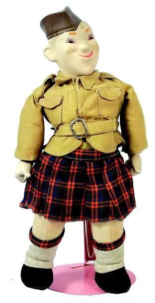 «SCOTTY» soldat écossais avec tête et mains...