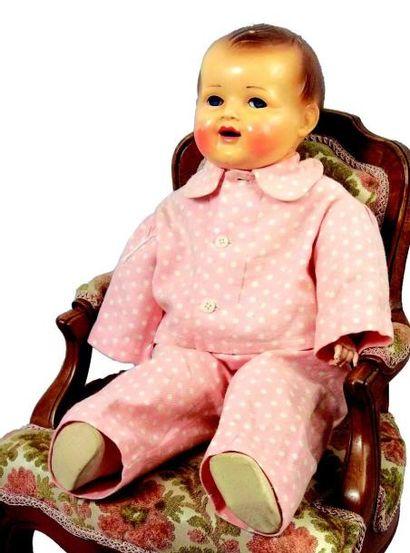 Bébé RAYNAL avec tête et mains en celluloïd,...