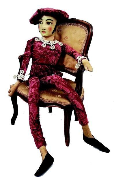 Poupée de sofa en forme de personnage typiquement...