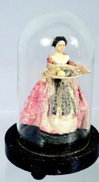«La Servante de la Mer» jolie petite poupée...