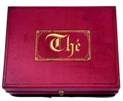 «Service à Thé» en coffret d'origine en porcelaine...