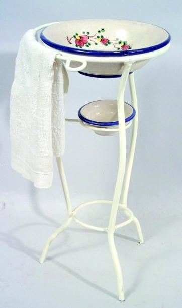 Petite table de toilette circulaire avec...