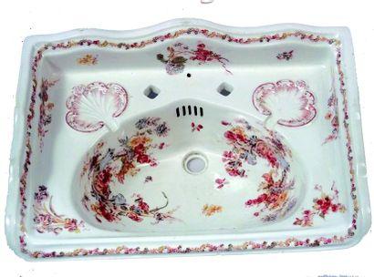Superbe lavabo en porcelaine anglaise de...