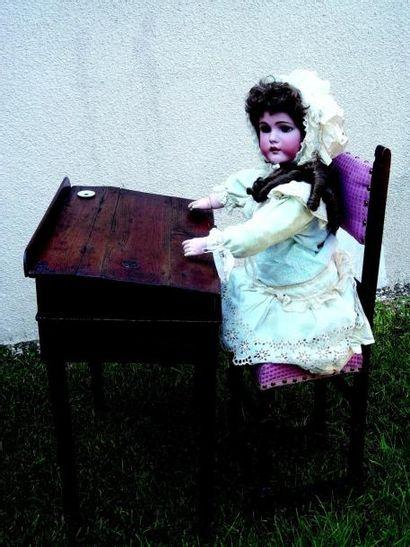 Bureau d'écolier pour enfant en bois ciré...