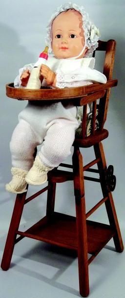 Chaise haute de bébé tout en bois avec système...