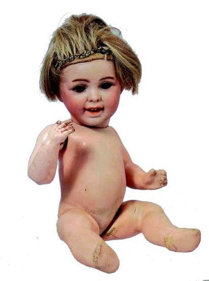 Bébé caractère de la SFBJ avec tête en biscuit...