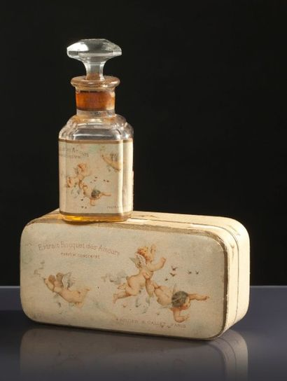 Roger & Gallet «Bouquet des Amours» - (années 1910) Présenté dans son coffret rectangulaire...