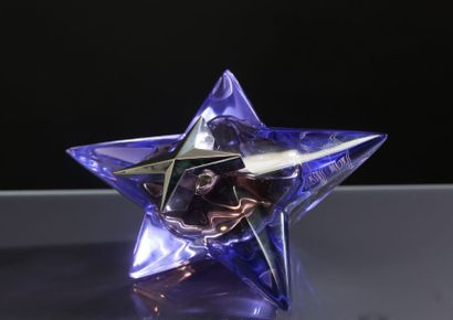 Thierry MUGLER «Angel - Etoile Mystique» - (1992) Edition grand luxe datant de 2003:...