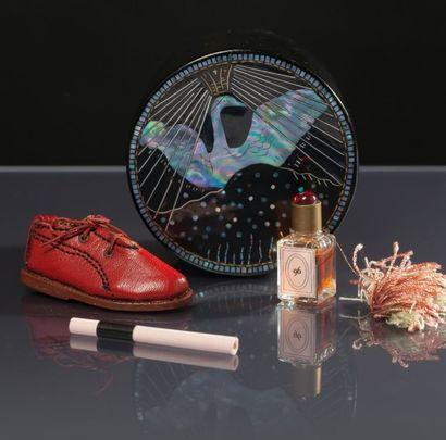 Parfum Folie - «96, Bout de Shoe» - (années...