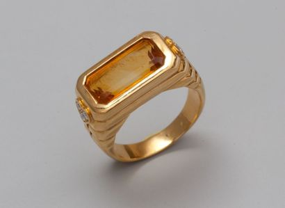 Bague chevalière en or jaune 750°/00 (tête...
