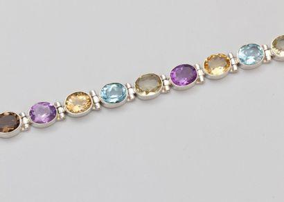 Bracelet en argent 925 à maillons ovales...