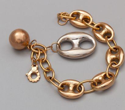 Bracelet en or trois tons 750°/00 (hibou)...