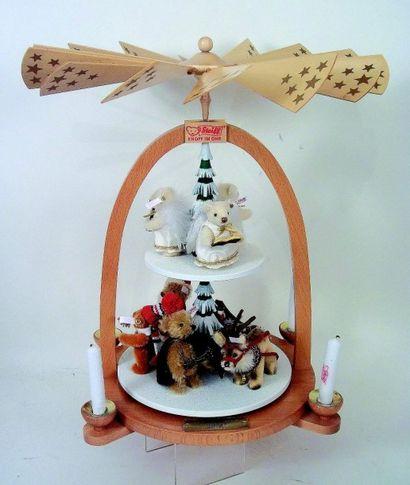 «Carrousel de NOEL» fabrication STEIFF réplica de 2004, complet avec palettes en...