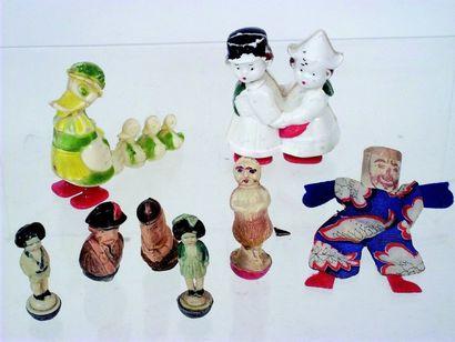 Ensemble de 5 Culbutos miniatures en celluloïd...