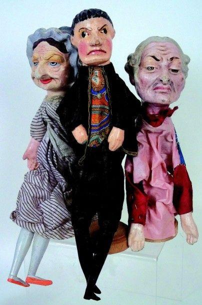 Ensemble de trois belles marionnettes allemandes...