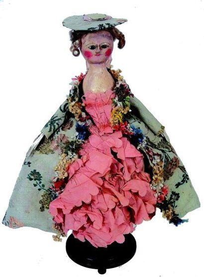 Très belle poupée ancienne en bois de fabrication...