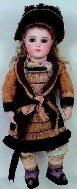 Bébé BRU breveté,avec tête en biscuit pressé...