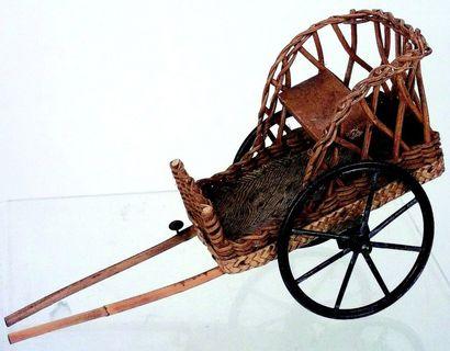 Jolie charrette en osier à atteler avec siège...