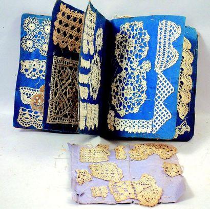 Original petit recueil de modèles de dentelles au crochet. Format: 13x19 cm. (circa...