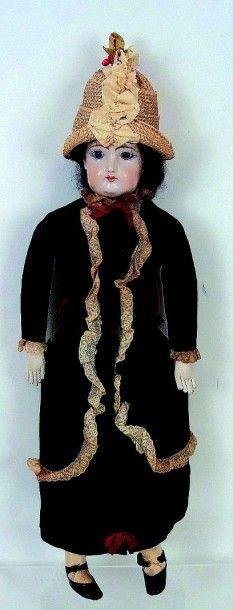 Réplica d'une poupée parisienne avec tête...