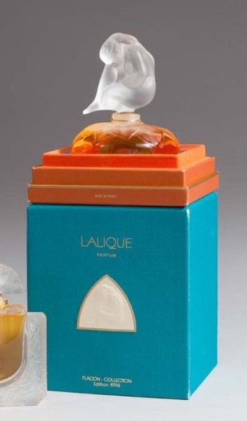 Flacon «Le Nu» Avec son coffret grand luxe...