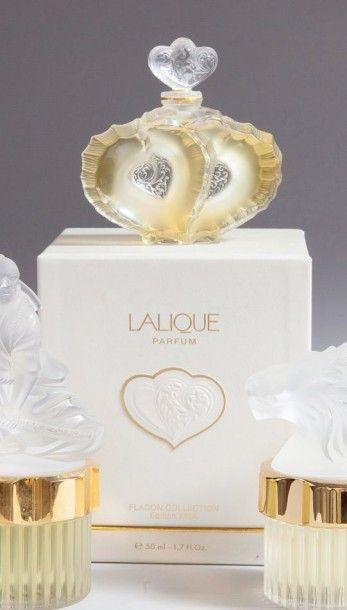Flacon «Deux Coeurs» Avec son coffret grand-luxe...