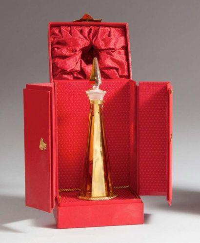 Annick Goutal Passion - (édition 1994) Présenté dans son coffret grand luxe s'ouvrant...