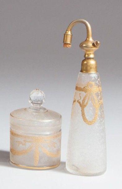 Marcel Franck & Baccarat - (années 1920) Flacon vaporisateur en cristal incolore...