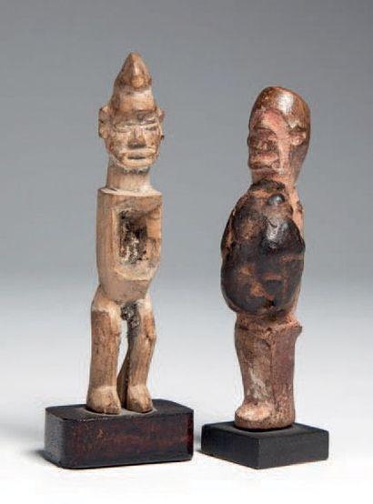 Téké, Congo. Deux statuettes de protection...