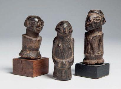 Luba, Congo RDC. Trois statuettes-charme...