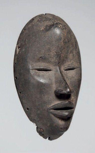 Dan, Côte d'Ivoire. Masque de danse aux yeux...
