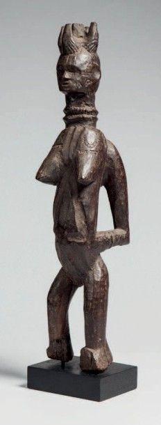Ijo, Nigéria. Importante statue féminine...