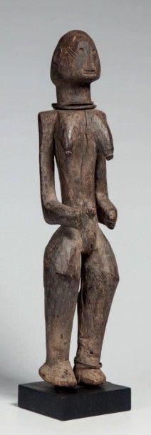 Montol, Nigéria, état de la Bénoué. Statue...