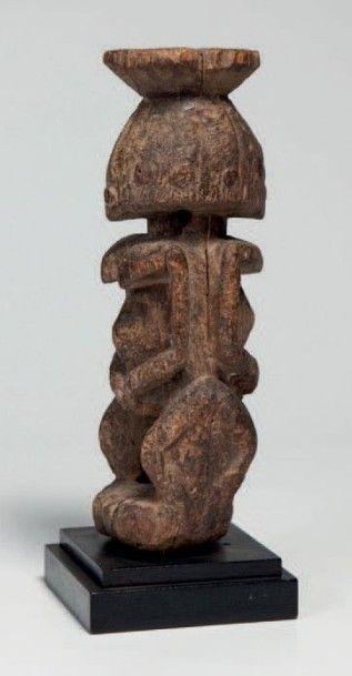 Dogon, Mali. Statue mâle, femelle, janiforme,...
