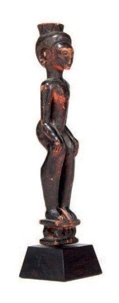 Akan, Côte d'Ivoire. Statuette représentant...