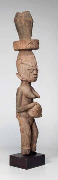 Yoruba, Nigéria. Pilier support de véranda...