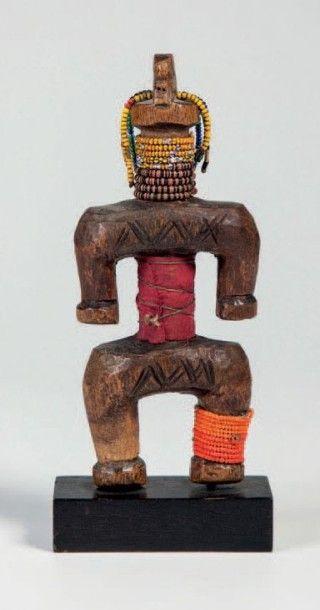 Namji, Nord Cameroun. Poupée de fécondité...