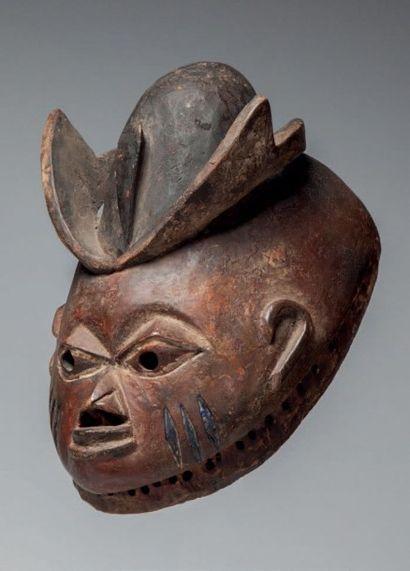 Yoruba, Nigéria. Masque «Gélédé» à patine...
