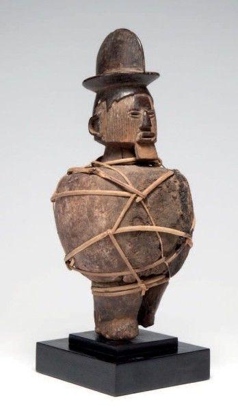Téké, Congo. Statuette à fonction magico-religieuse...
