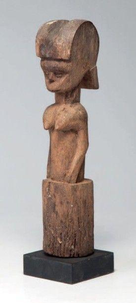 Zaramo ou Kwéré, Tanzanie. Statue féminine...