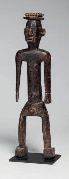 Ijo, Nigéria. Statue masculine évoquant un...