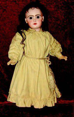 Originale robe de chambre de grande poupée...