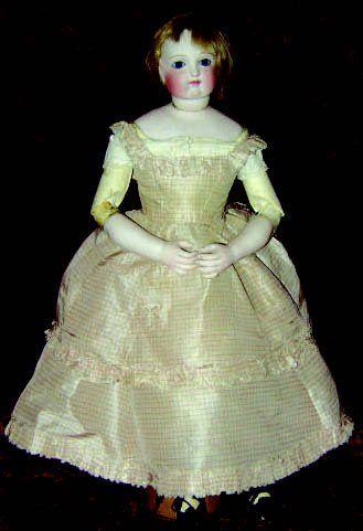 Jolie poupée parisienne avec tête buste en...