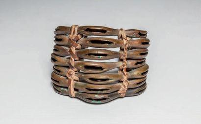 ATIE, Côté d'Ivoire. Rare bracelet en bronze...