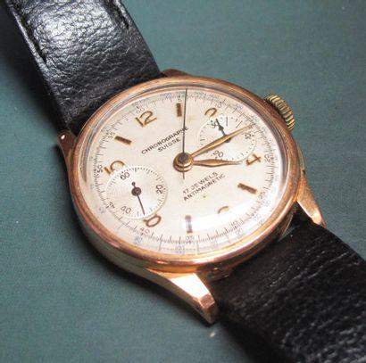 Chronographe suisse plaqué or sur bracelet...
