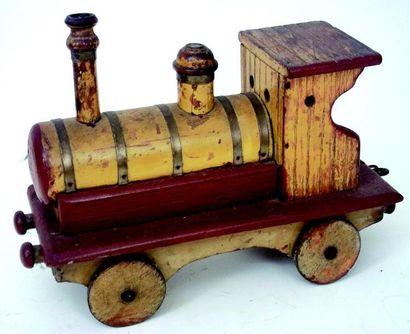 Locomotive vapeur en bois peint et cuivre....